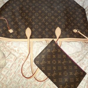 Louis Vuitton purse and clutch
